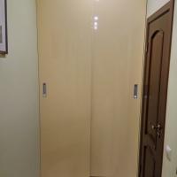 Встроенный шкаф купе с подвесной системой