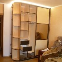 Комбинированный шкаф купе