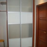 Встроенный двухдверный шкаф купе 12