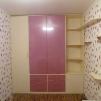 Четырех секционный шкаф